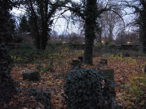 640px-Beamtenfriedhof_IMG_2375